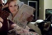 Husky scared of Julia Roberts