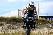 Female Streetbike Freestyler