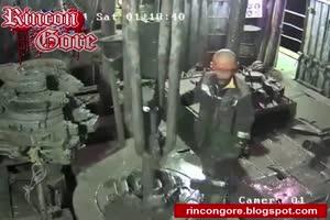 losing hands in explosion