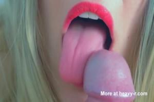 Big Momma Swinging Boobs