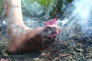 firecrackers vs barefoot