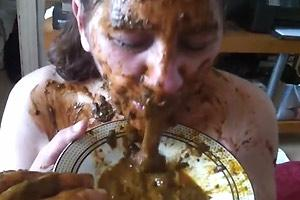 Bitch Loves Eating Shit