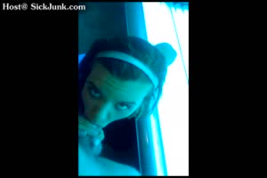 Facial In The Tanning Bed