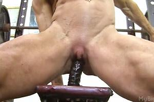 Muscle Babe Gym Masturbation
