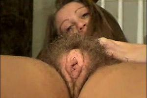 Hairy Cunt Show Off