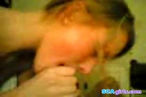 Norsk jente suger kuk og svelger
