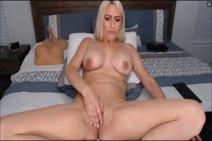 Nice and fucking wet MILF masturbating